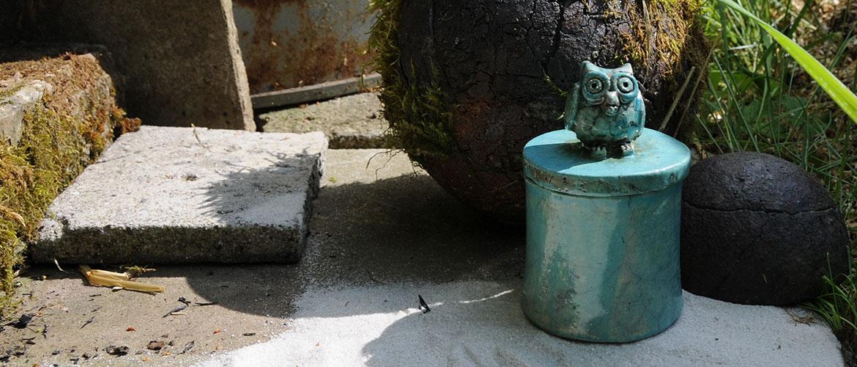 Keramikdose mit Eulendeckel Handarbeit